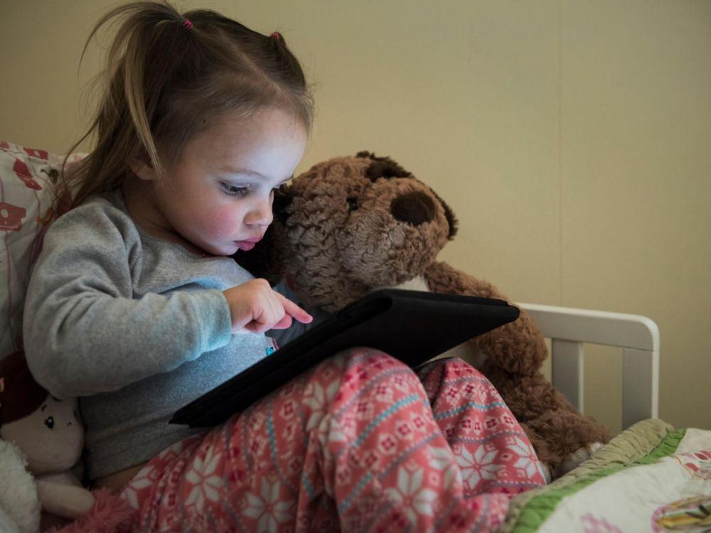 Fiche infos : les enfants et les écrans